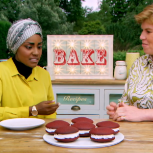 circus sign on junior bake off